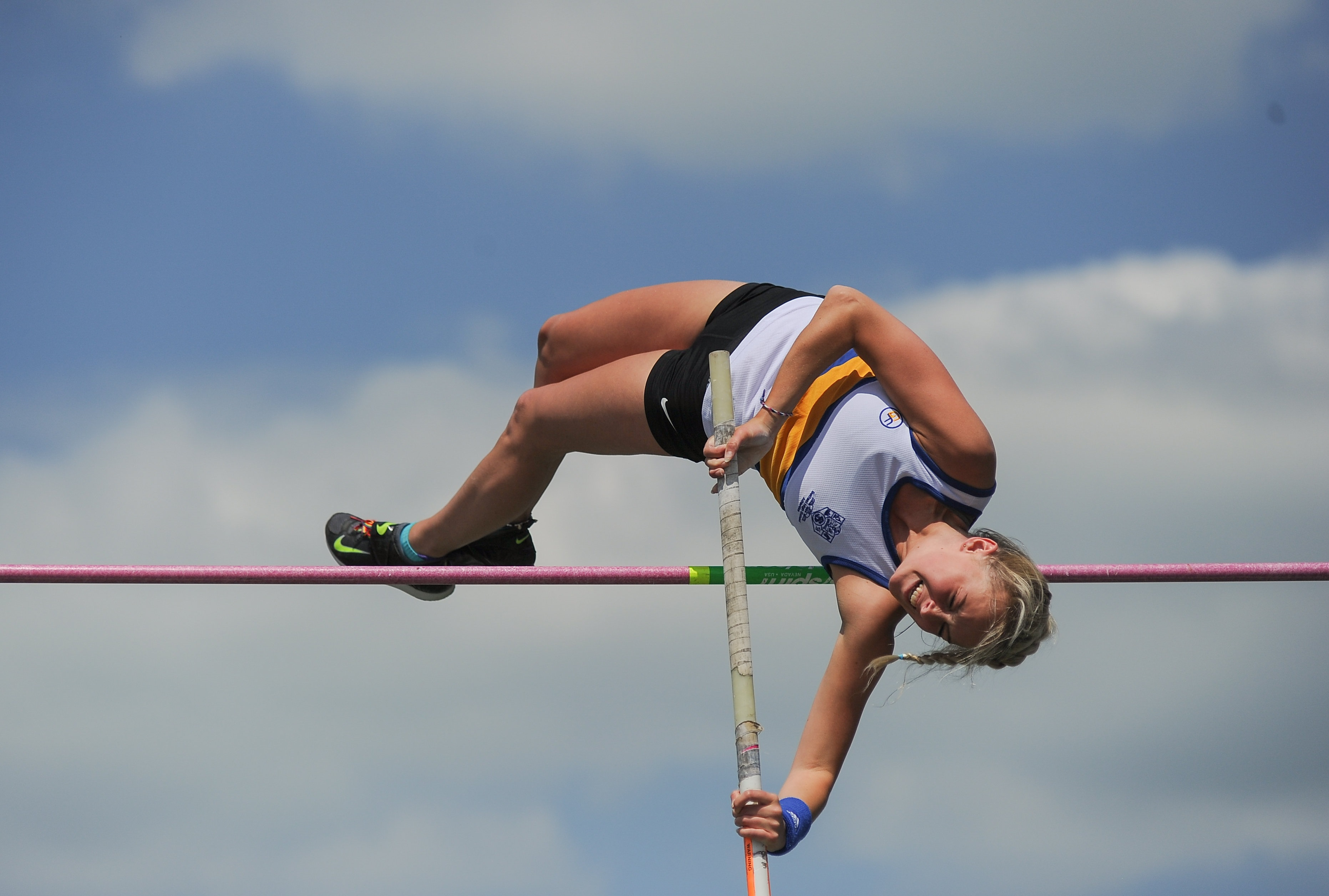 Pole Vault Standards on the UP!!