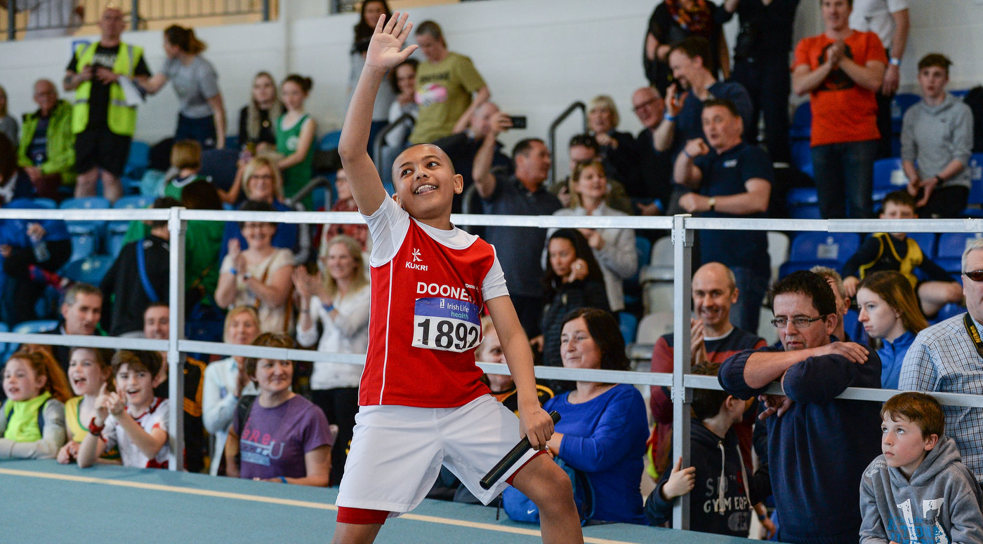 Records and excitement on day 1 of Juvenile Indoors